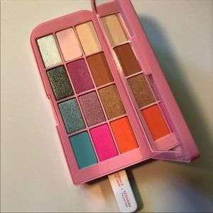 Museum of Ice Cream Eyeshadow Palette New